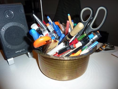 Stiftbehaelter